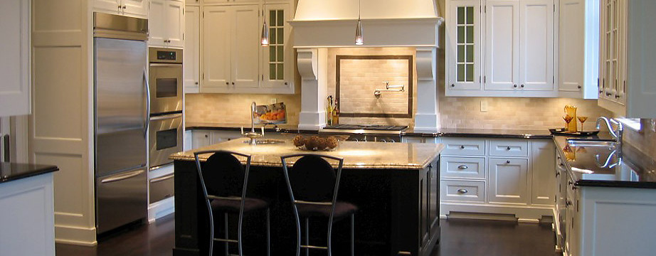 Custom Antique Kitchen Cabinets in Toronto