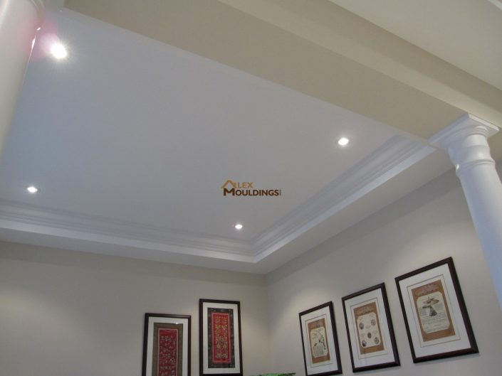 cornice living room