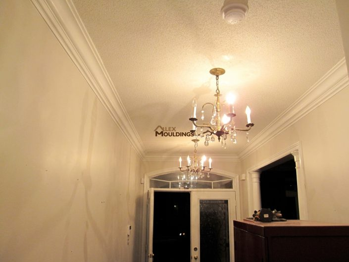 crown molding accents