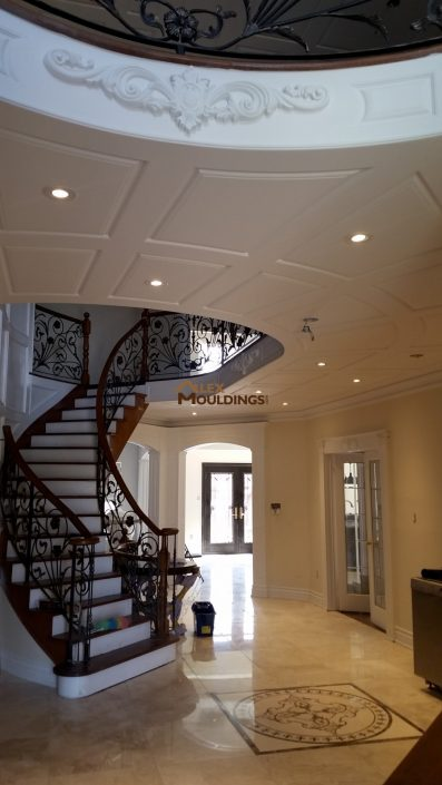 Wainscoting ceiling milwork