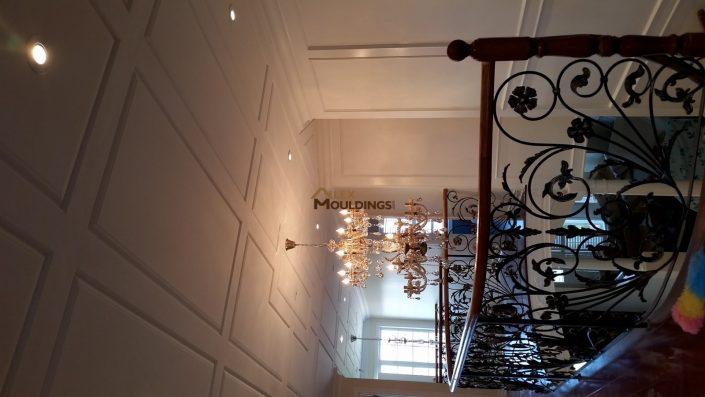 Ceiling wainscoting design