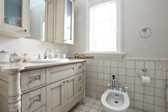 custom bath vanity