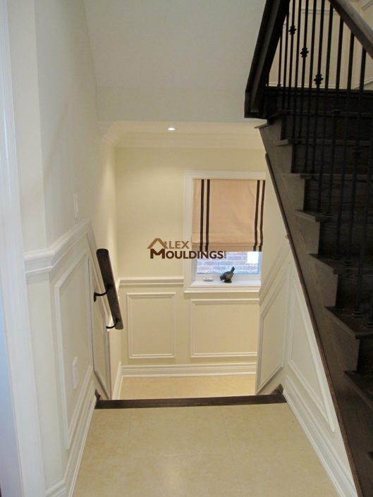application wainscotting stairs