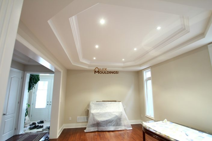 molding inside tray ceiling