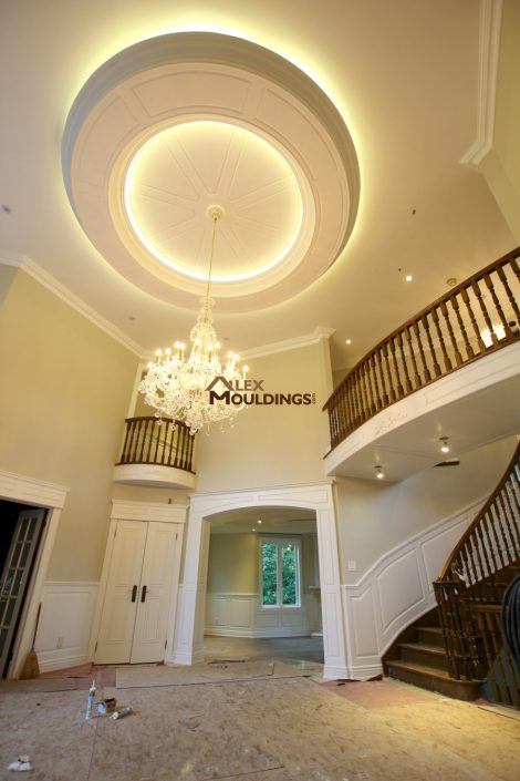Hallway wainscoting, ceiling circle design with led lighting