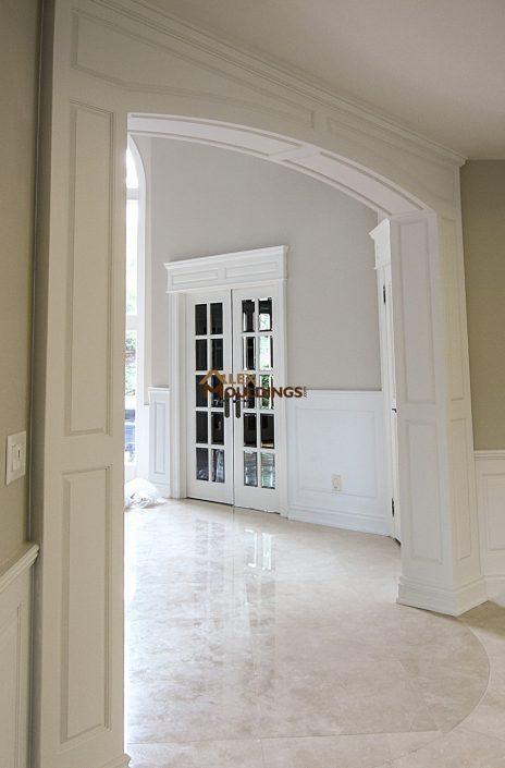 Fake columns around entryway