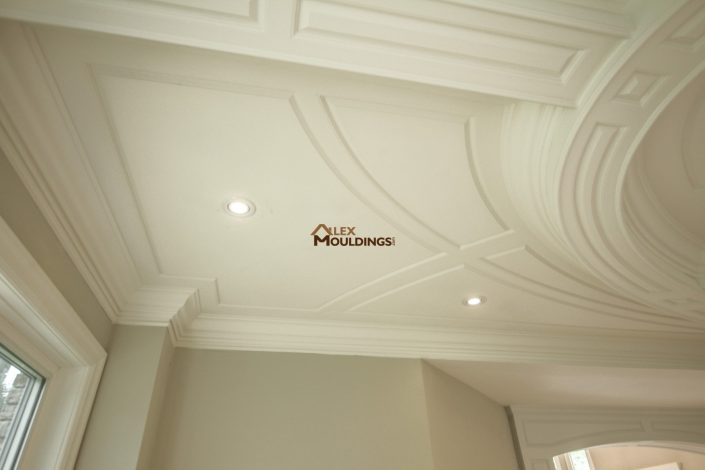Creative wainscoting design on ceiling
