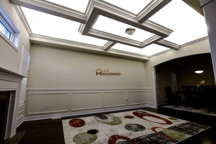 Living room beamed ceiling with led lighting