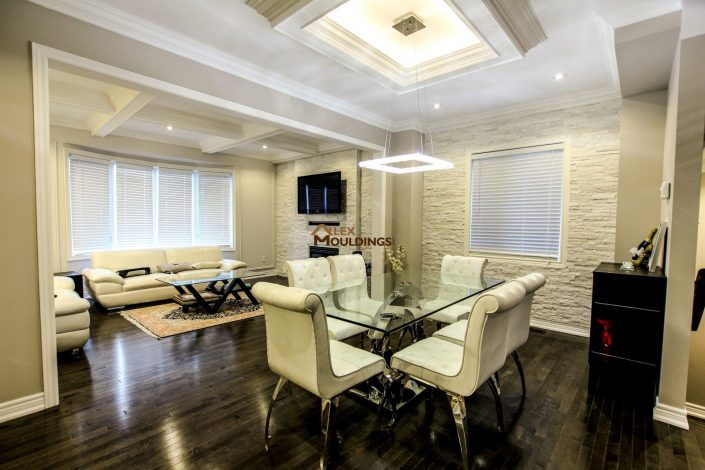 Dining room ceiling box with accent lighting