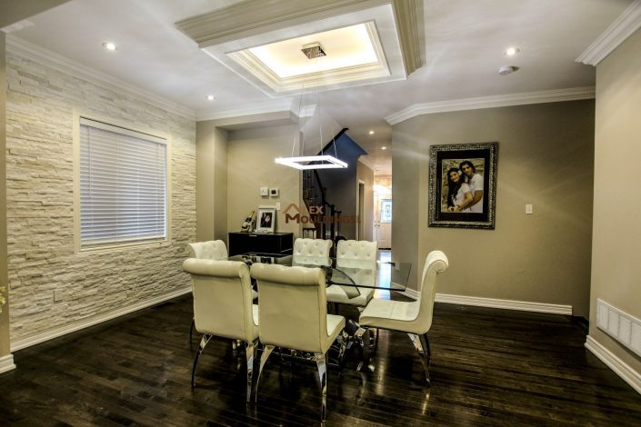 Ceiling design with accent lighting and trims