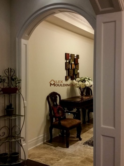 Arched entryway opening design